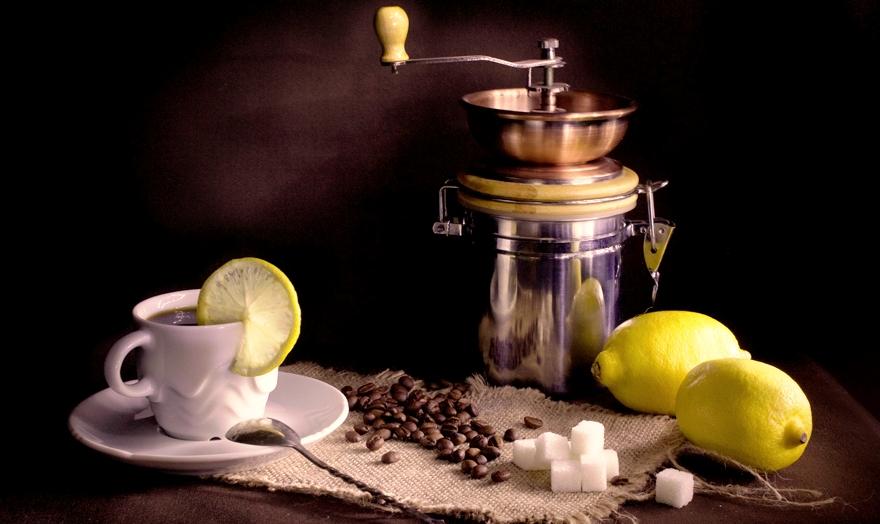 Кофе с лимон