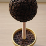 Топиарий из кофейных зерен