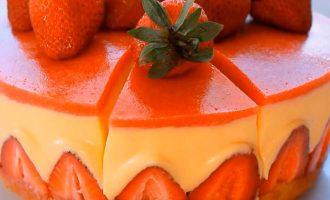 Торт фрезье клубничный