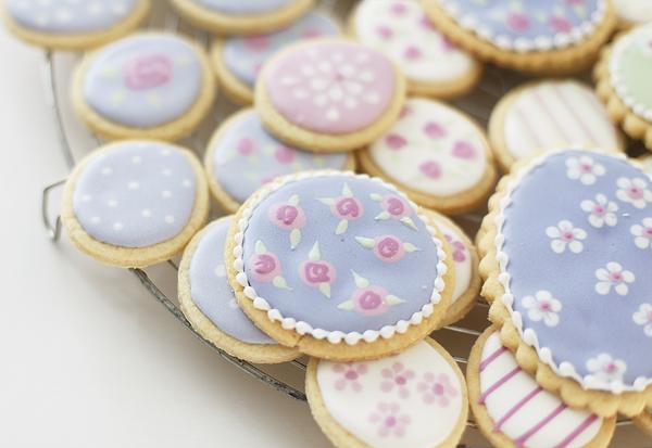 печенье и глазурь
