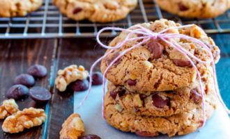 печенье с шоколадом и цедрой